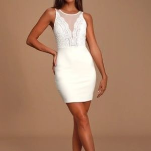 Lulu's White Lace Bodycon Dress Size XS NWT